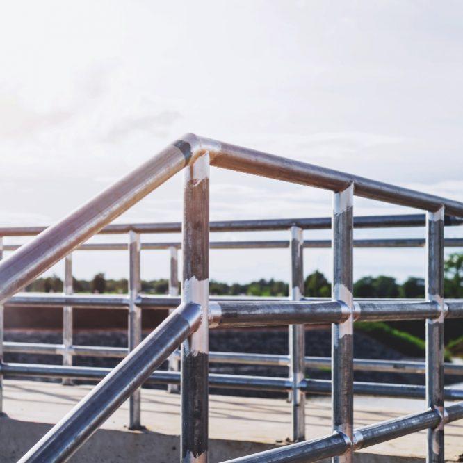 Benefits of Aluminum for Handrails